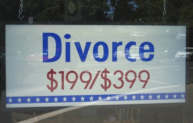 why marriages fail - divorce sign
