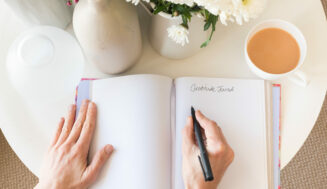 8 Reasons Keeping a Gratitude Journal Will Change Your Life