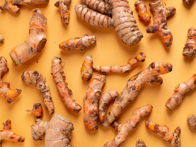 Delicious cooking ingredients turmeric root